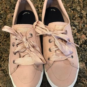 Sperry Crest Vibe Sneaker size 8.5